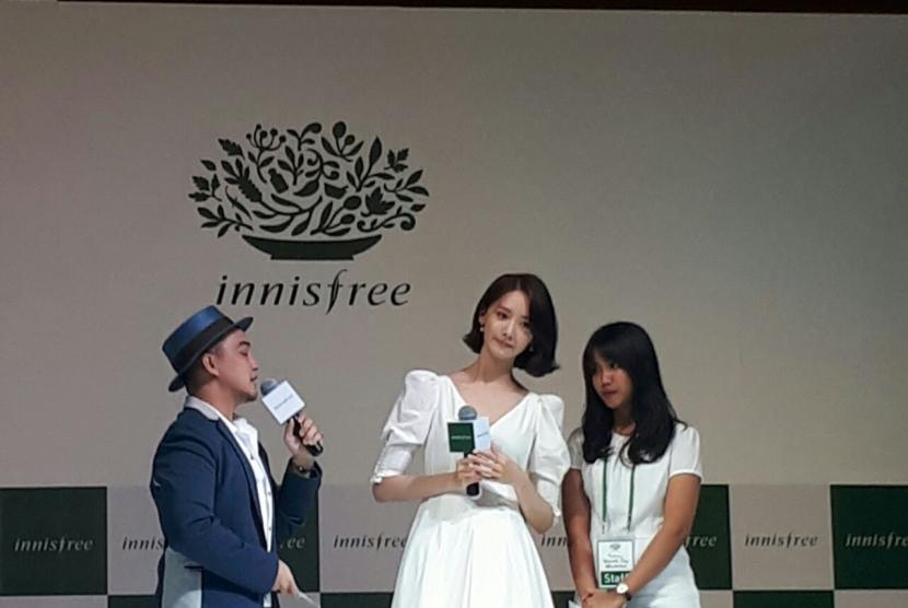 Masker, Andalan Yoona 'SNSD' Tampil Cantik