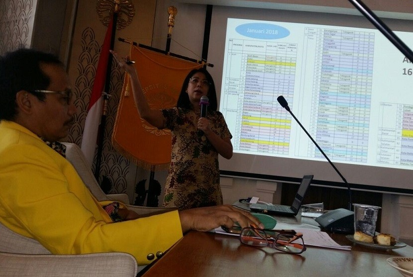 FGD Indonesia Bebas Difteri diselenggarakan Pengurus Pusat Ikatan Alumni Universitas Indonesia (Iluni UI) di Ruang Senat Fakultas Kedokteran Universitas Indonesia (FKUI) Kampus Salemba Jakarta.