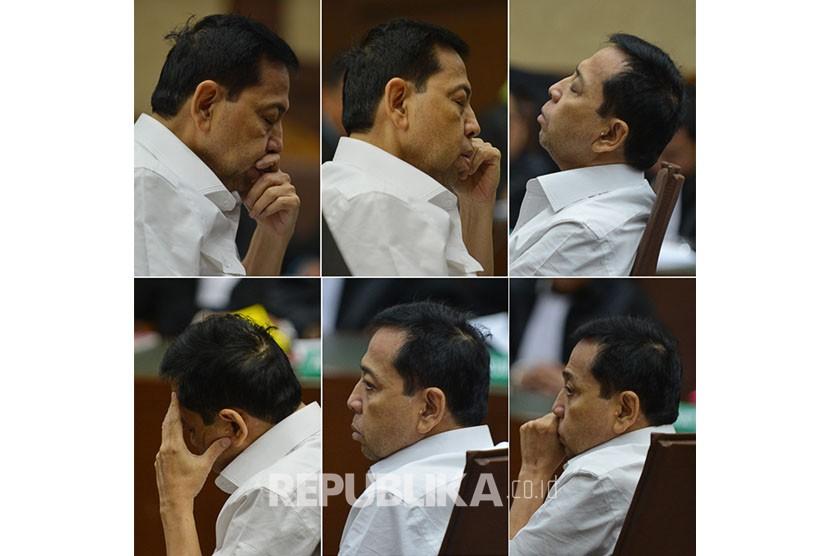 Foto kombo ekspresi terdakwa kasus dugaan korupsi KTP elektronik Setya Novanto mengikuti sidang perdana di gedung Pengadilan Tipikor Jakarta, Rabu (13/12).