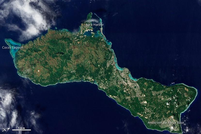 Foto udara Guam yang merupakan wilayah Amerika Serikat di Pasifik.