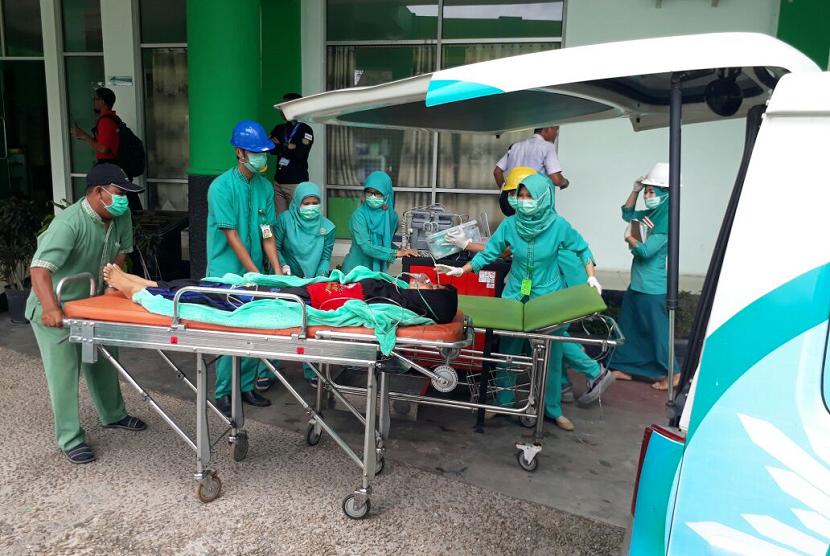 Geladi Lapang dengan skenario kebakaran rumah sakit di RSI PKU Muhammadiyah Palangka Raya, Selasa (6/2).
