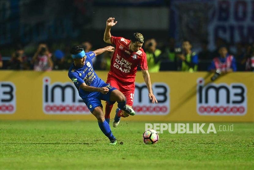 Dikabarkan Boyong Vizcarra, Ini Komentar Sriwijaya FC