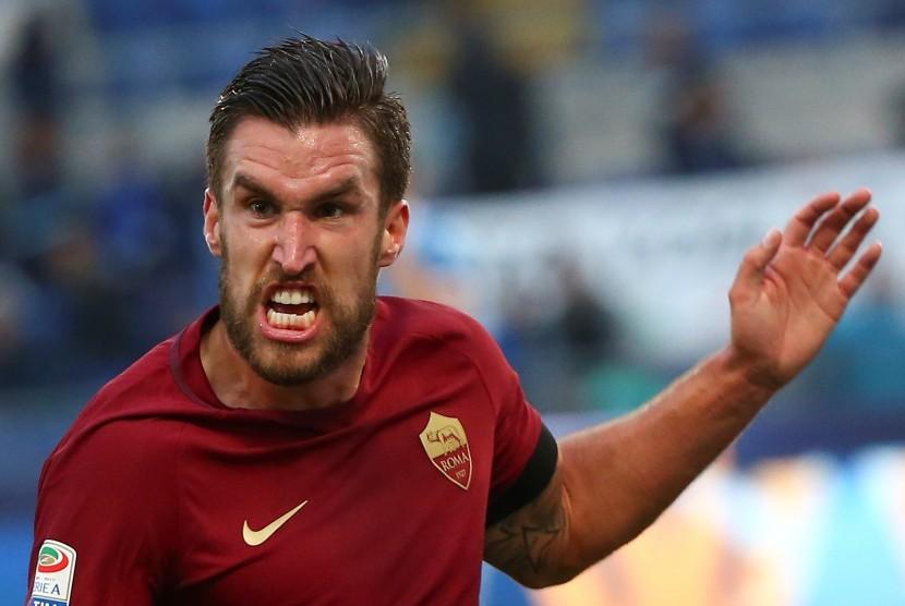 Strootman Dilaporkan tak Berminat Gabung Juventus