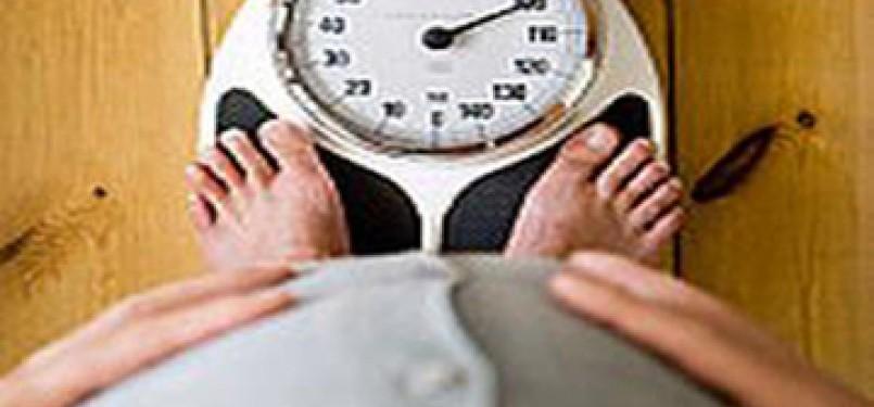 Kelebihan berat badan juga dapat menyebabkan produksi keringat berlebih/ilustrasi