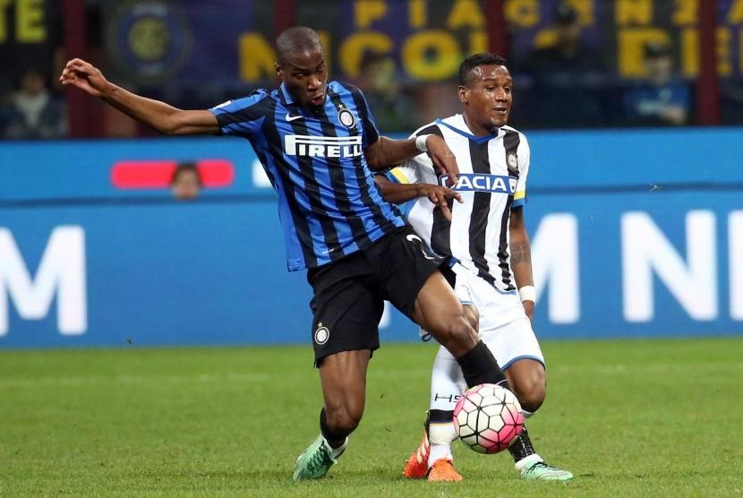 Geoffrey Kondogbia (kiri)