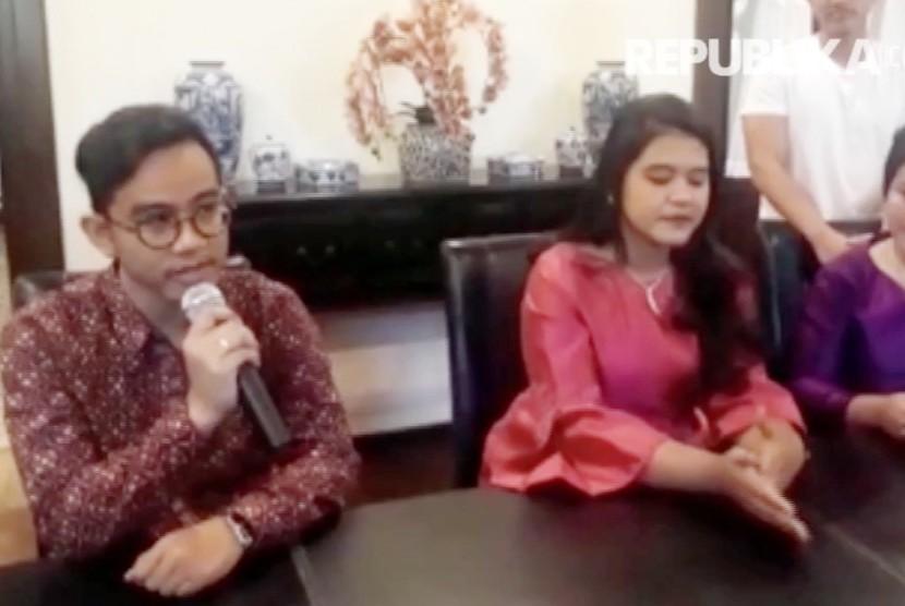 Usai Pernikahan di Solo, Keluarga Jokowi Berangkat ke Medan