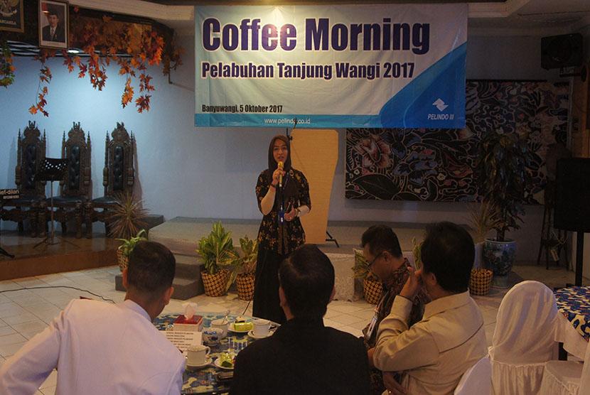 GM Pelabuhan Tanjung Wangi, Banyuwangi, Lina Ratnasari
