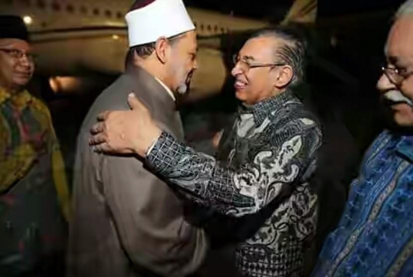 Hasil gambar untuk Jokowi dan Syekh al azhar