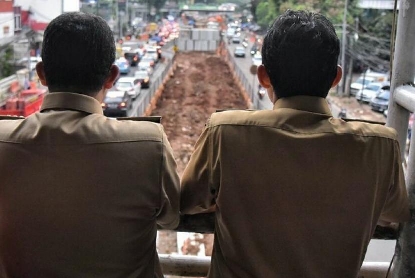 Anies Rapatkan Bahas Enam Proyek yang Molor di Jakarta