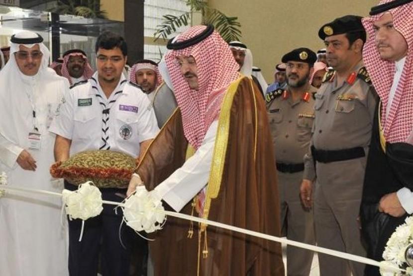 Gubernur Jeddah, Pangeran Mishaal bin Majed membuka acara Musabaqah Hifzil Quran di Kampus King Abdul Aziz University