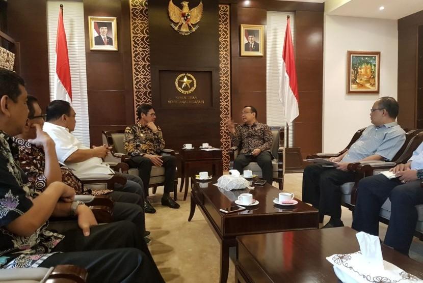 Jokowi Bakal Hadiri  Puncak Hari Pers Nasional di Padang