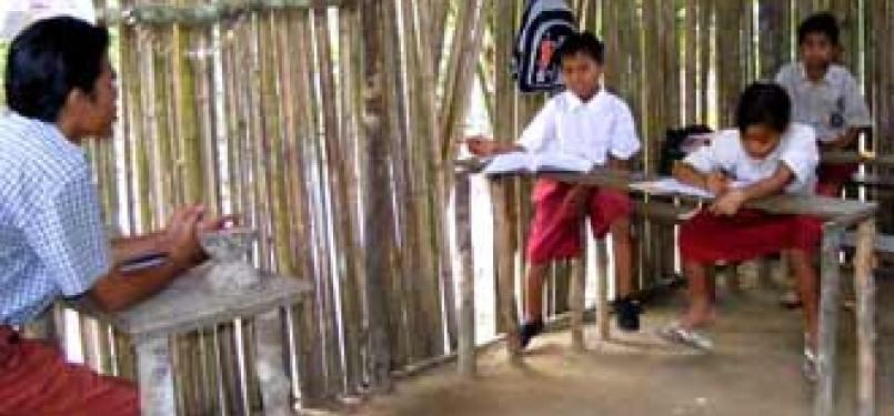 Guru di daerah terpencil. (ilustrasi)