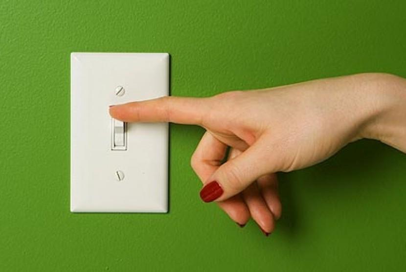 Hemat energi (ilustrasi).