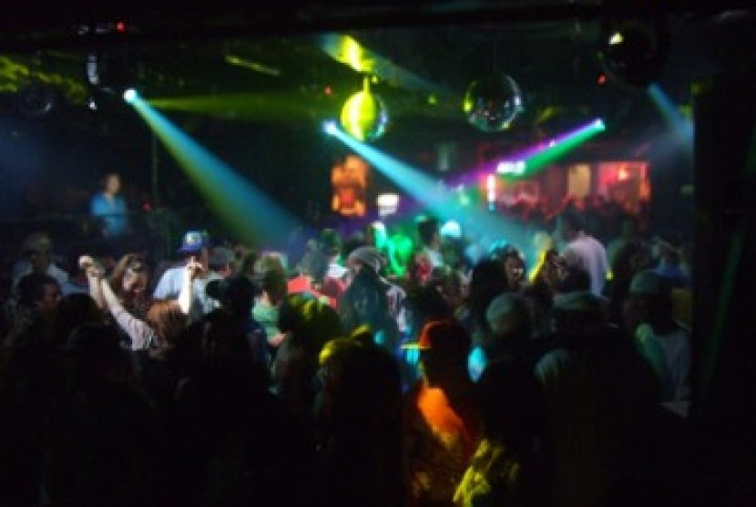 Hiburan malam di diskotik, ilustrasi