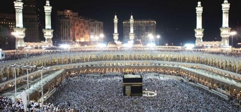 Amerika Serikat terungkap akan menghancurkan Kota Makkah dan Madinah.