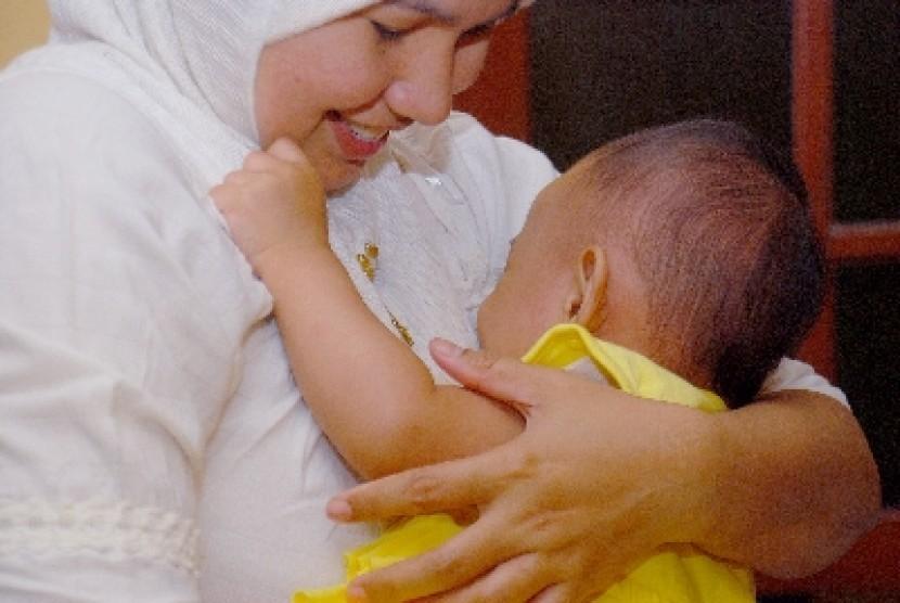 Hindari 8 Pantangan Ibu Menyusui Ini Agar Bayi Anda Tetap Sehat