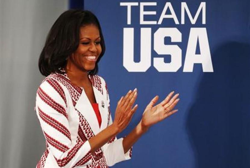 Permalink to Pesan Hidup Michelle Obama Hadapi Ketegangan Akibat Politik