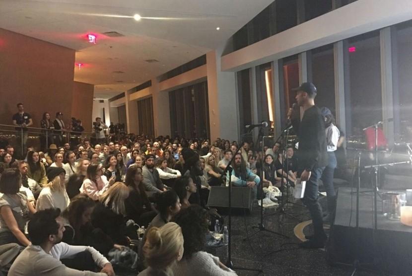 Imam Shamsi Ali menjadi pembicara di acara yang diselenggarakan Young Professionals di gedung WTC yang dikenal sebagai gedung Freedom Tower di Grouns Zero, New York pada Ahad (19/3) malam waktu setempat.