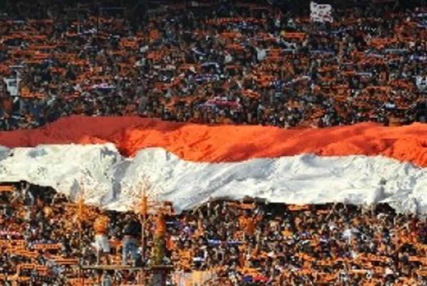 Halaman Stadion Manahan Dipenuhi Penjual Jersey Persija