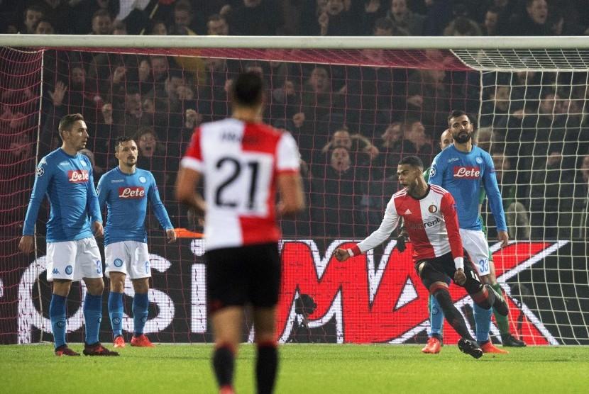 Pelatih Napoli Akui Mental Timnya Bermasalah