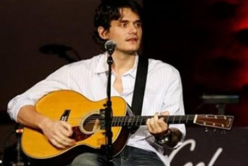 John Mayer Langsung Sakit Perut Setelah Makan Ini