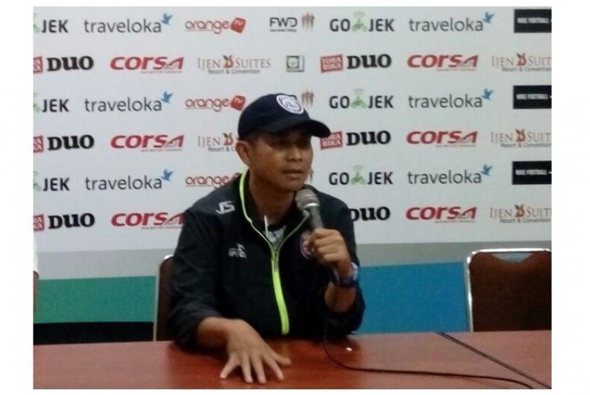 Joko Susilo Pasrah Soal Nasibnya di Arema