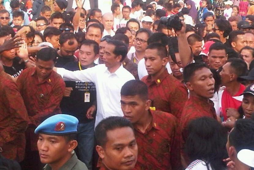 Ribuan Santri Sambut Jokowi