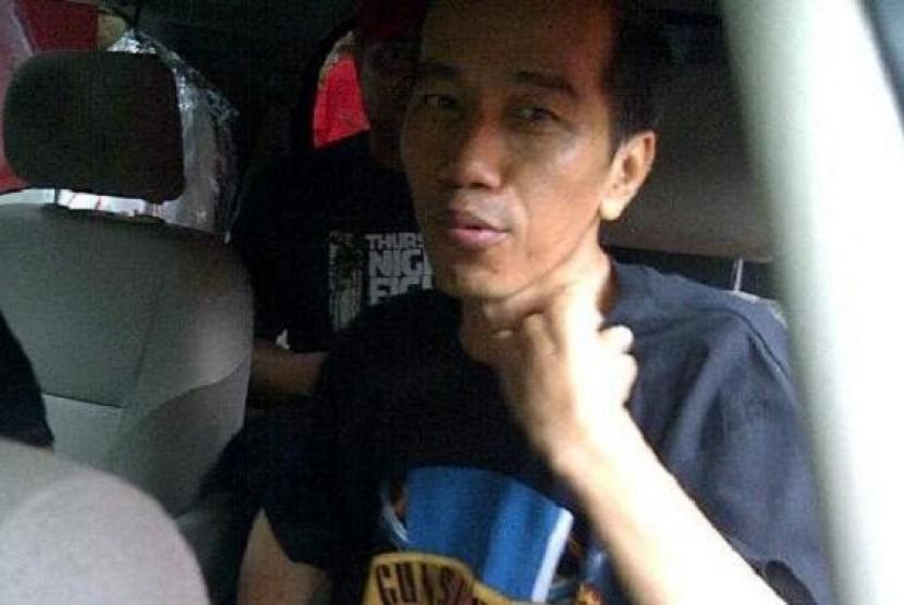 Jokowi sebelum menonton konser GnR.