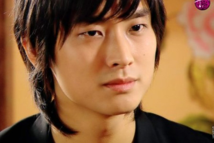 Joo Ji Hoon (from Fanpop).jpg Joo Ji Hoon