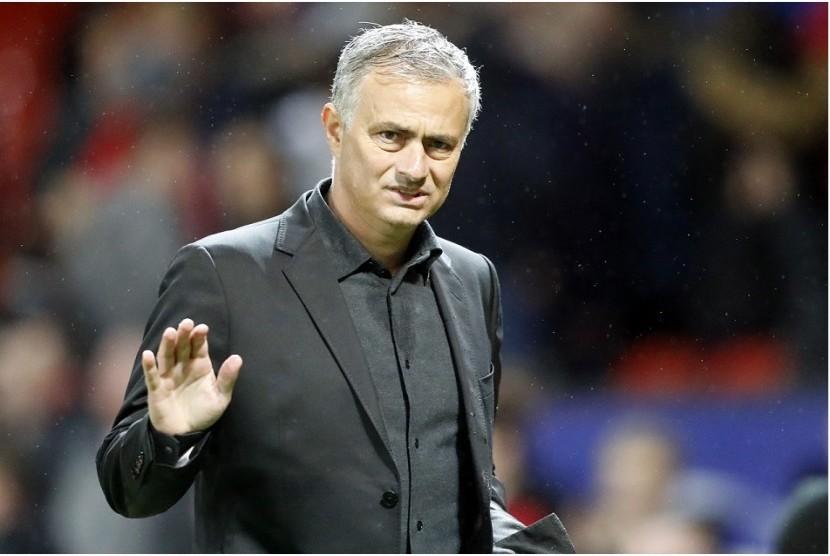 MU Makin Dekat Umumkan Perpanjangan Kontrak Mourinho