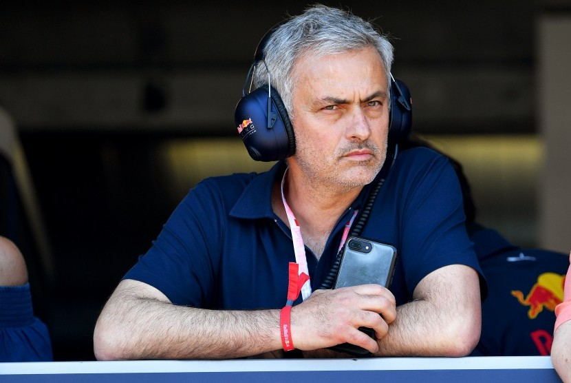 Jose Mourinho menonton GP Monako di Sirkuit Monte Karlo, Ahad (28/5).
