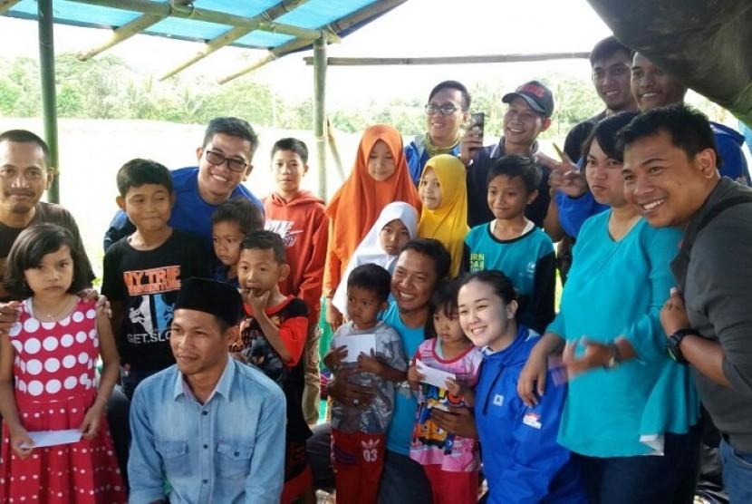 "Journalist Fifgroup Community (JFC) menggelar ""Touring Charity Berbagi Sesama"""