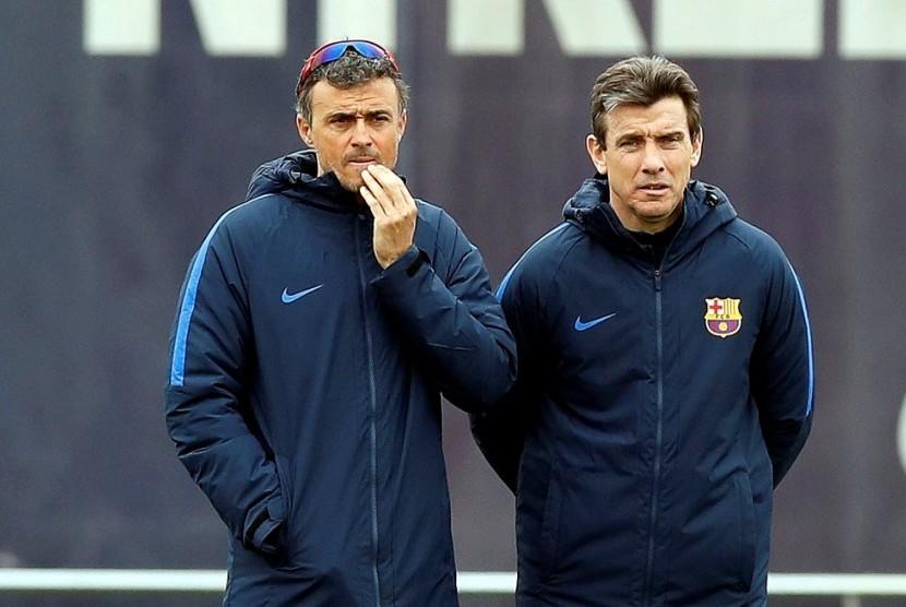 Juan Carlos Unzue (kanan) bersama Luis Enrique.