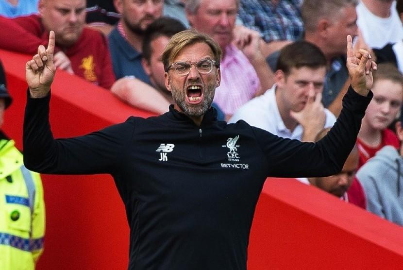 Cukur Maribor 7-0, Liverpool  ke Puncak Klasemen