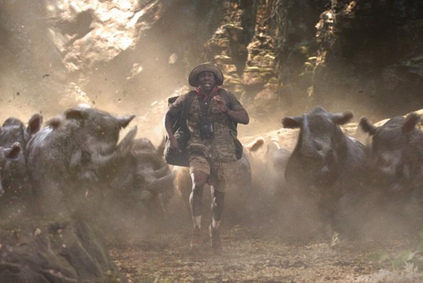 Jumanji Kembali Raih Puncak Box Office