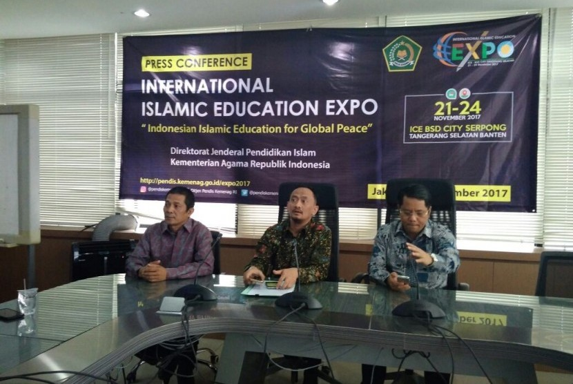 Jumpa Pers kegiatan International Islamic Education Expo