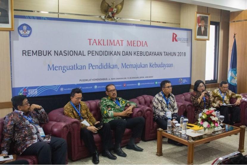 Jumpa pers Rembuk Nasional Pendidikan dan Kebudayaan (RNPK) 2018 di Pusdiklat Kemendikbud, Sawangan, Depok, Jawa Barat, Rabu (7/2).