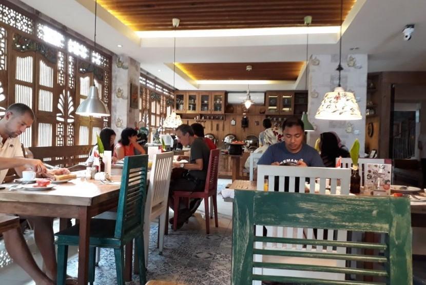 Kafe De'dapoer Kuta, Bali.