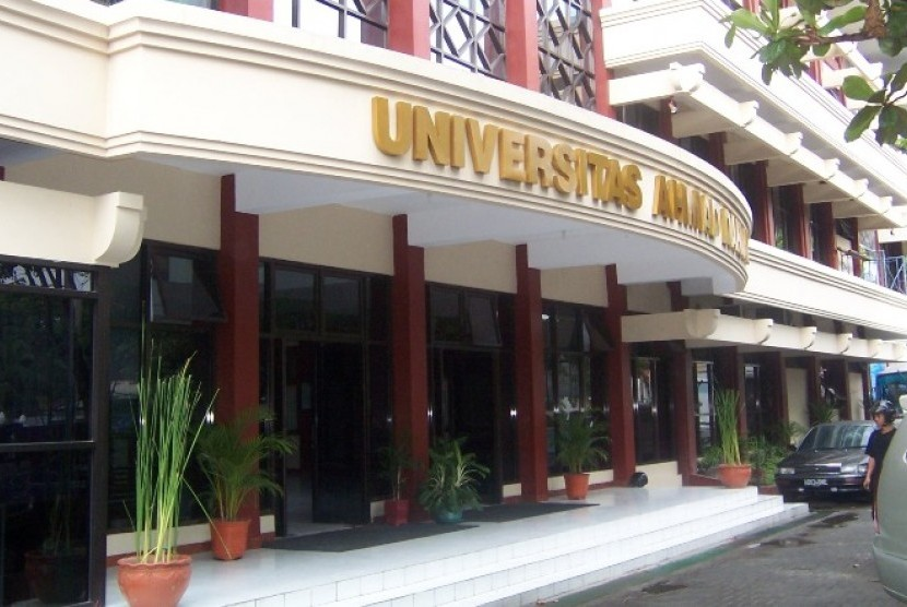 Kampus Universitas Ahmad Dahlan.