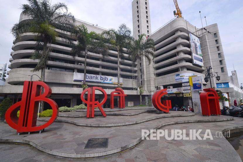 Kantor Gedung Pusat Bank BJB, Jalan Naripan, Kota Bandung.