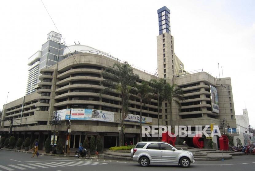 Kantor Pusat Bank BJB. (Republika/Edi Yusuf)