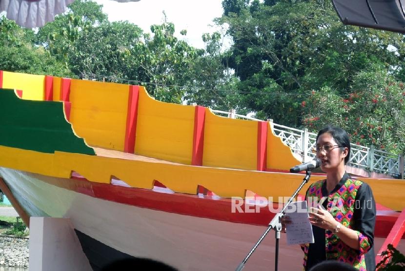 KAPAL CHENG HO -- Jika di Semarang replika kapal Cheng Ho yang dibangun pada 2005 dibongkar pada 2014 lalu, kini di Sumatera Selatan (Sumsel) tepatnya di komplek Taman Purbakala Kerajaan Sriwijaya (TPKS), Palembang, Sabtu (23/7)