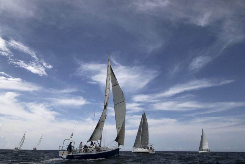 Kapal Layar Berbendera Thailand Terdampar di Sabang