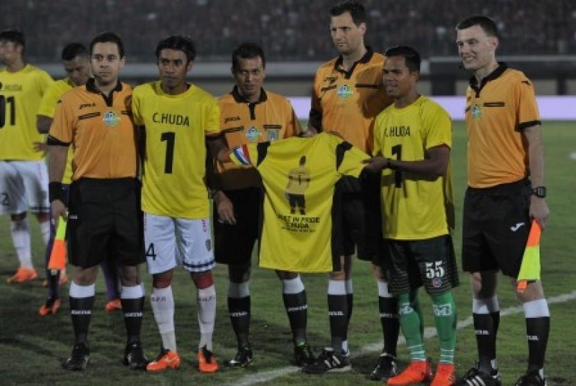 Rangkuman Pekan ke-30 Liga 1, PSM dan Bali Menggertak