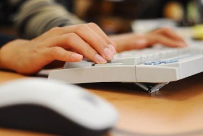 Kopertis Dorong Dosen Aktif Tulis Karya Ilmiah
