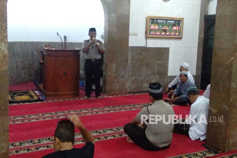 Polres Depok Galakkan Program Polisi Cinta Masjid