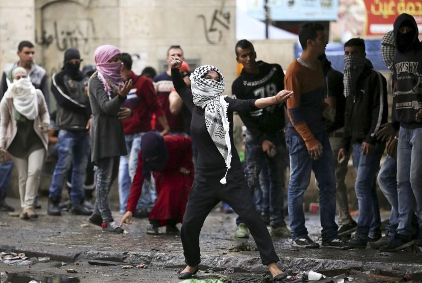 Israel Kerahkan Ratusan Tentara ke Tepi Barat