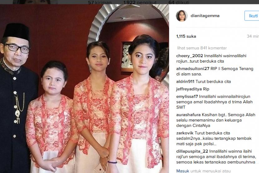 Keluarga Dodi Triono yang menjadi korban tewas perampokan yang diunggah salah satu anaknya, Dianita Gemma, di akun Instagram pribadinya beberapa bulan lalu.