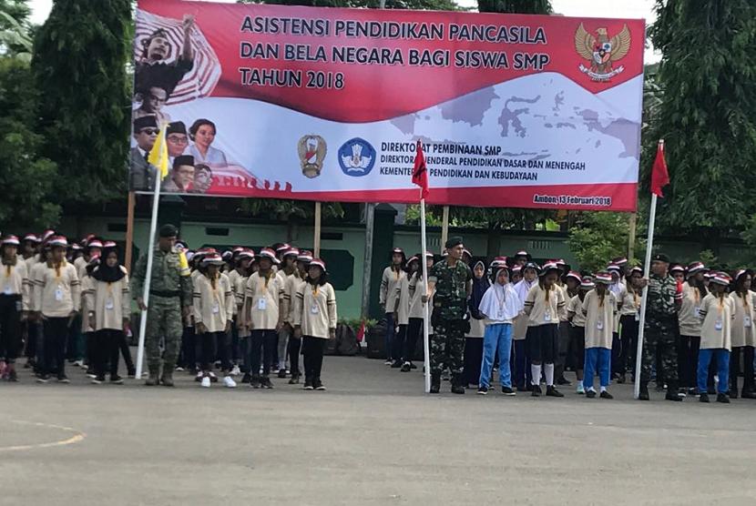 Kemendibud dan TNI bekerja sama selenggarakan kegiatan asistensi pendidikan.