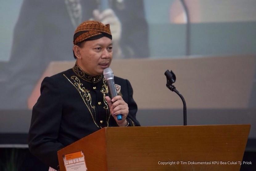 Kepala Kantor Bea Cukai Tanjung Priok, Fadjar Donny